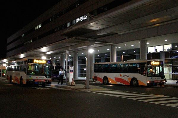 関西空港でピーチの到着ゲートは屋外です