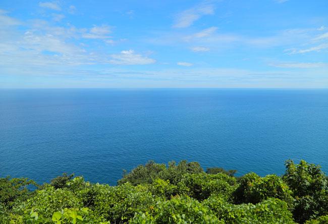 経ケ岬灯台からの景色