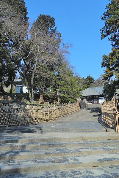 東大寺二月堂に至る道