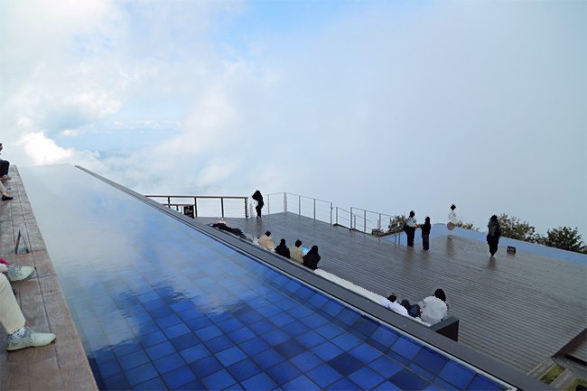 琵琶湖テラスのグランドテラス